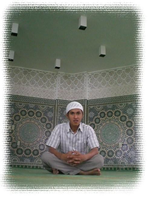 Di Masjid Terapung, Arafah