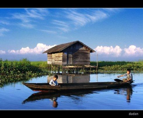 Sungai Rawa Nagara, Kab. Hulu Sungai Selatan, Kalimantan Selatan, Indonesia